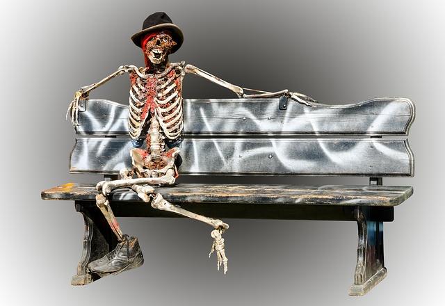 skeleton-973116_640