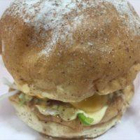 瑞穂市のPLANT-6内にオープンしたJJ BURGER & SANDWICHがこれめっちゃ美味しい!という件。