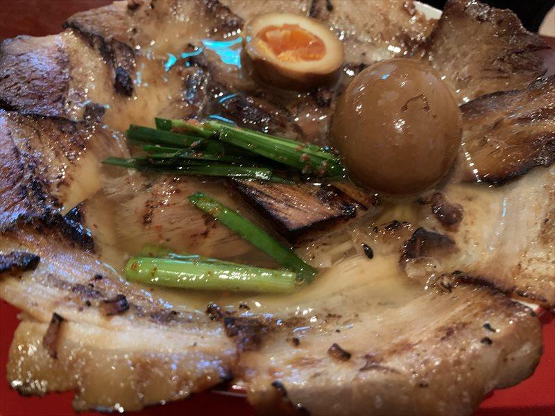 焼豚ラーメン三條 肉盛りにんにく大盛
